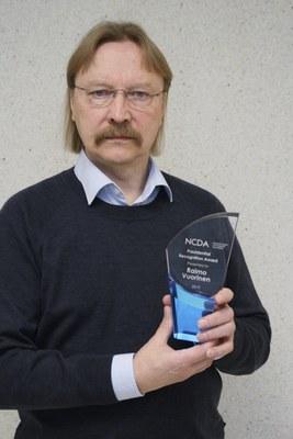 Merkittävä kansainvälinen ohjausalan tunnustus Raimo Vuoriselle