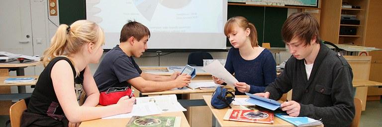 ktl-painoalat-koulutusjarjestelmat-teemakuva